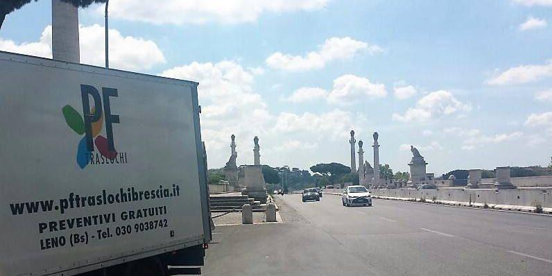 Montaggio Stand Brescia Pf Traslochi