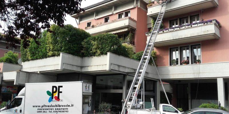 Noleggio Autoscale Brescia Scala Pf Traslochi