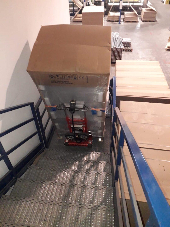 robot-cingolato-saliscale-noleggio- brescia